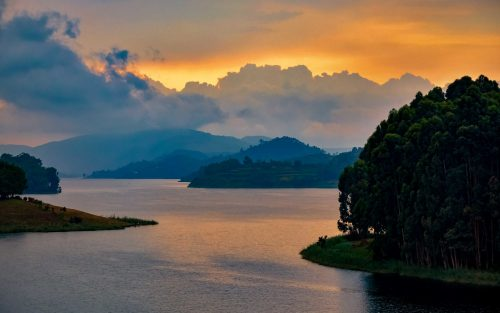 lake bunyonyi uganda, 12 Days Chimpanzees, Wildlife & Lake Bunyonyi Tour